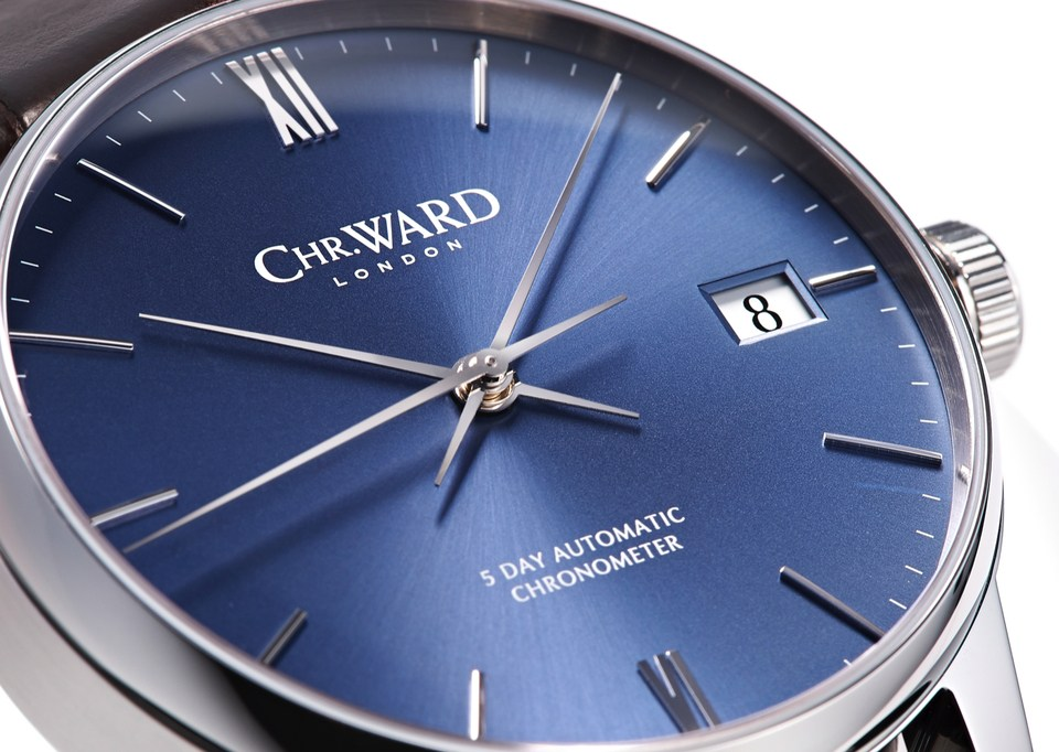 A Review Of Christopher Ward C9 Harrison 5 Day Mens Replica