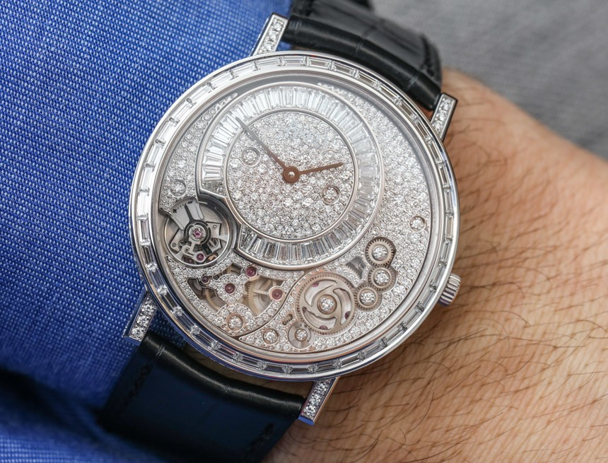 Hands-On With The Luxury, Elegant And Perfectly designed Piaget 900D Ultra-Thin Replica Watch