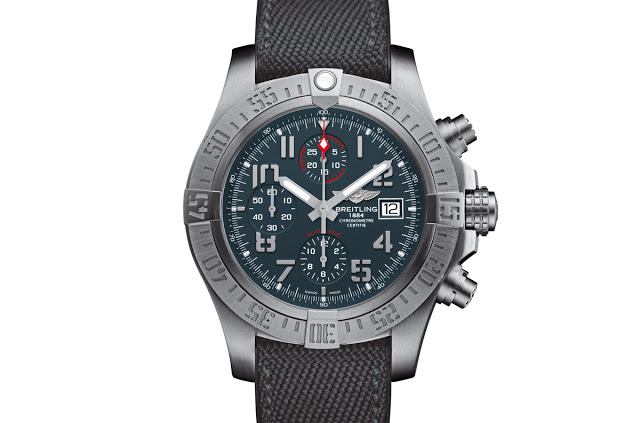 Detailed Review With The Breitling Avenger Bandit